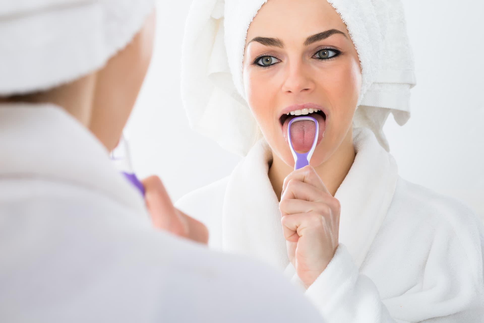 cepillado-de-la-lengua