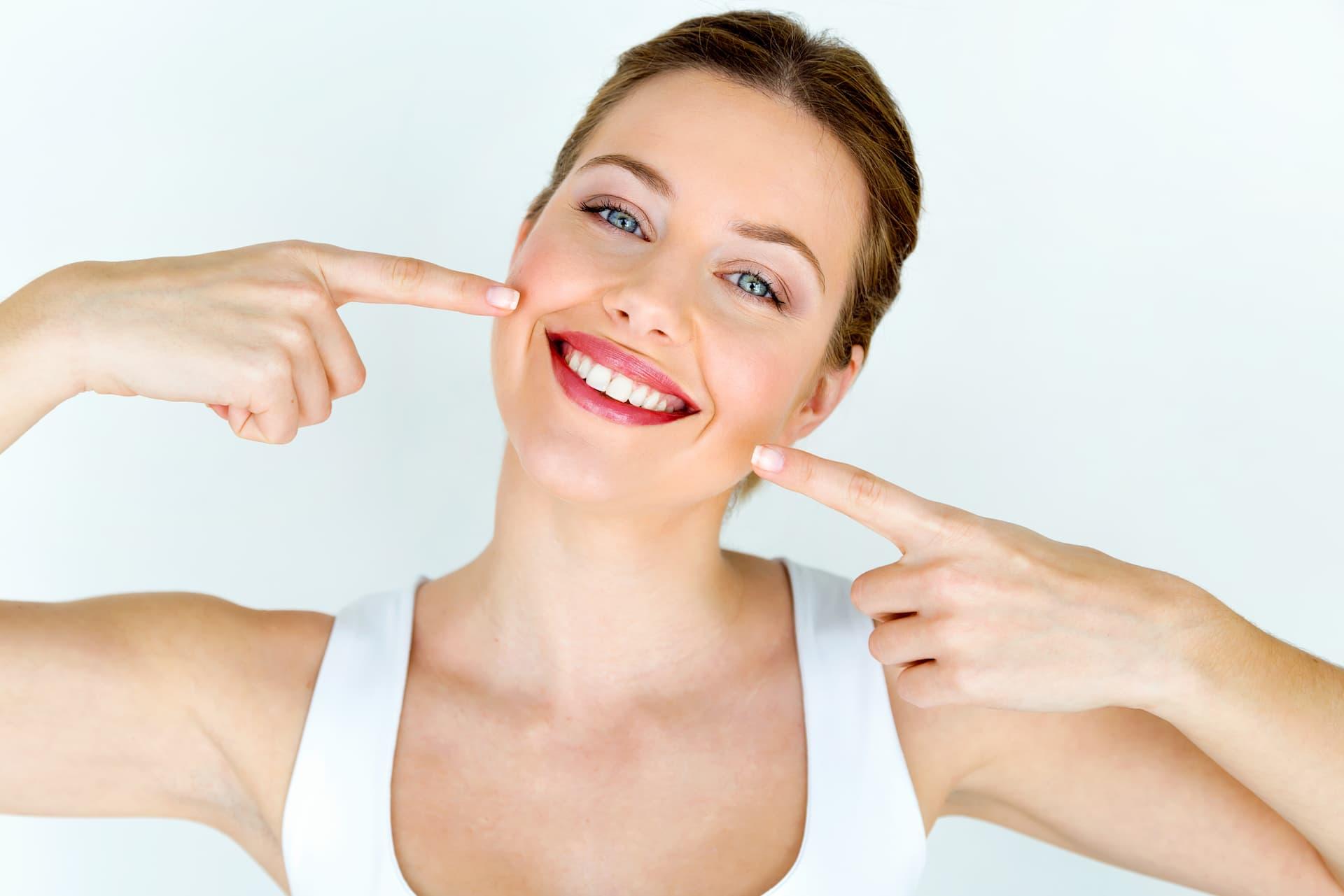 ventajas-blanqueamiento-dental